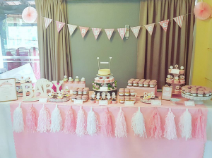 baby's full month - Dessert Table