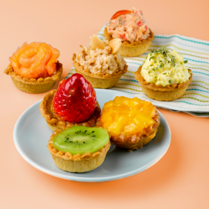 Delifrance Catering: Mini Fruit Tartlets and Mini Canapes